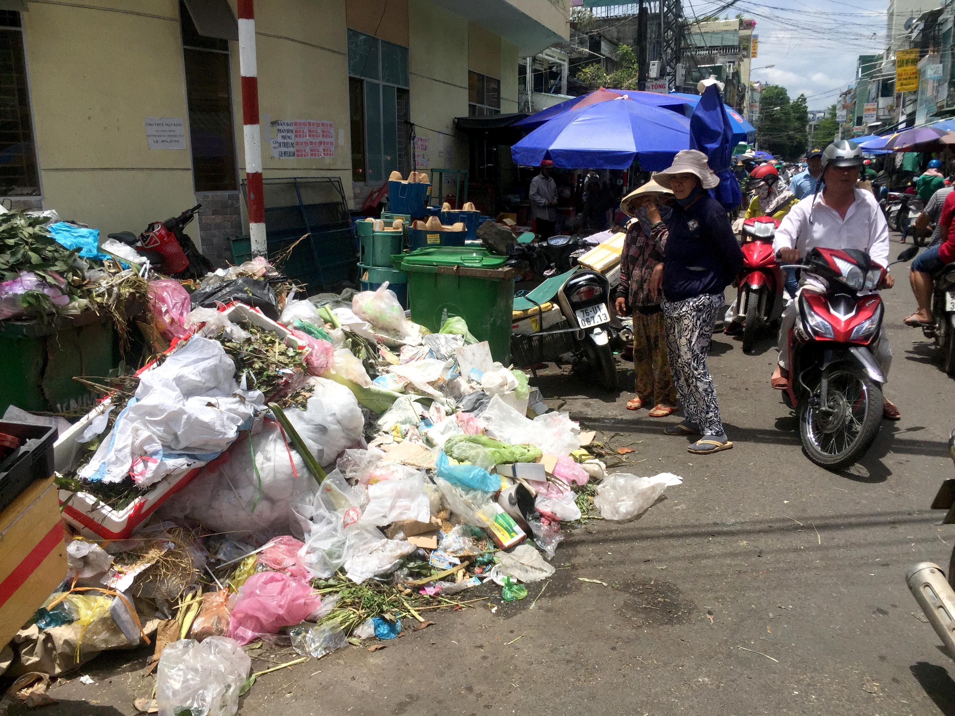 Quy định về khoảng cách từ khu xử lý chất thải tới khu dân cư