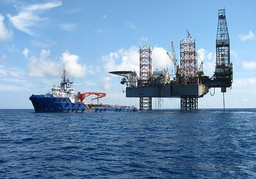 Tàu biển xuất cảnh tại cảng dầu khí ngoài khơi và hoạt động trong vùng biển Việt Nam
