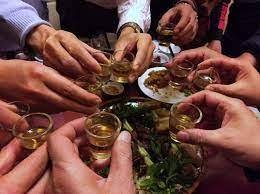 Cấp giấy phép phân phối rượu